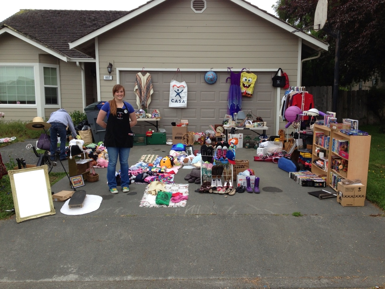 How To Organize A Yard Sale Razorback Moving Llc