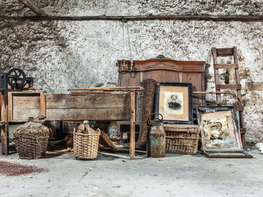 How to Protect Your Valuables & Family Heirlooms on Your Next Move
